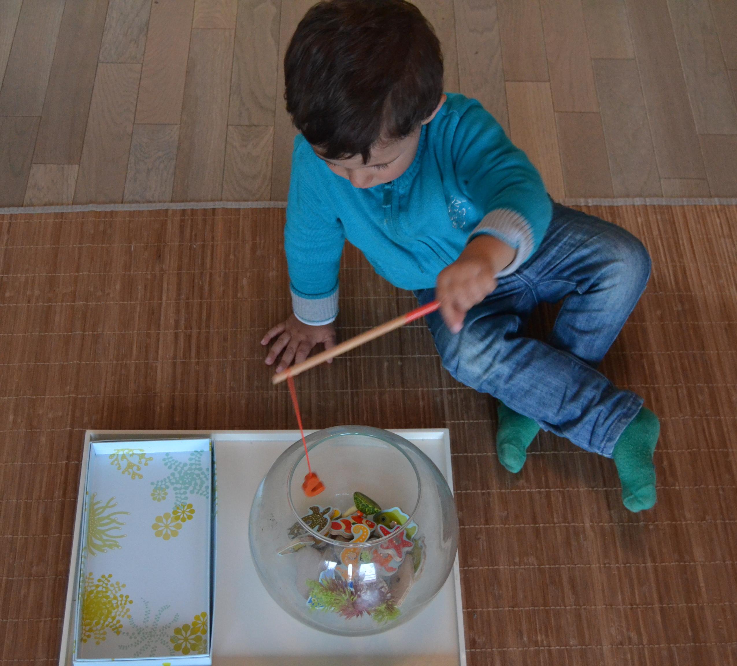 L activit montessori du jour p che tropicale blog de maman k - Poisson rouge rigolo ...