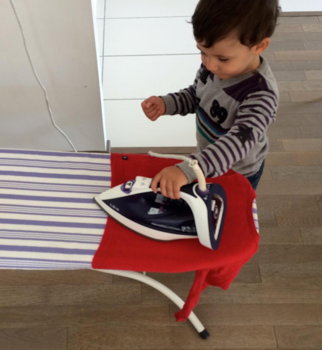L'Activité Montessori du Jour : repassage