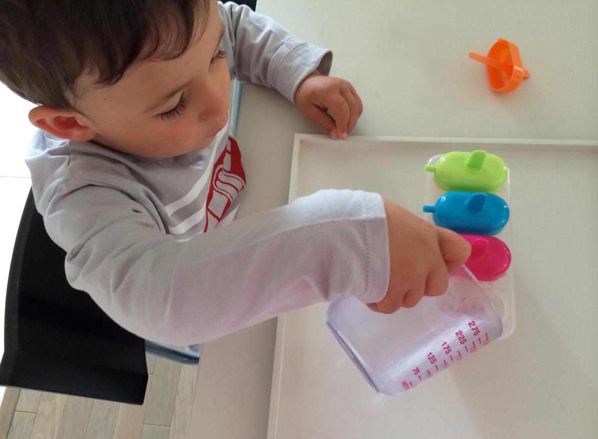 L'Activité Montessori du Jour : glace à l'eau