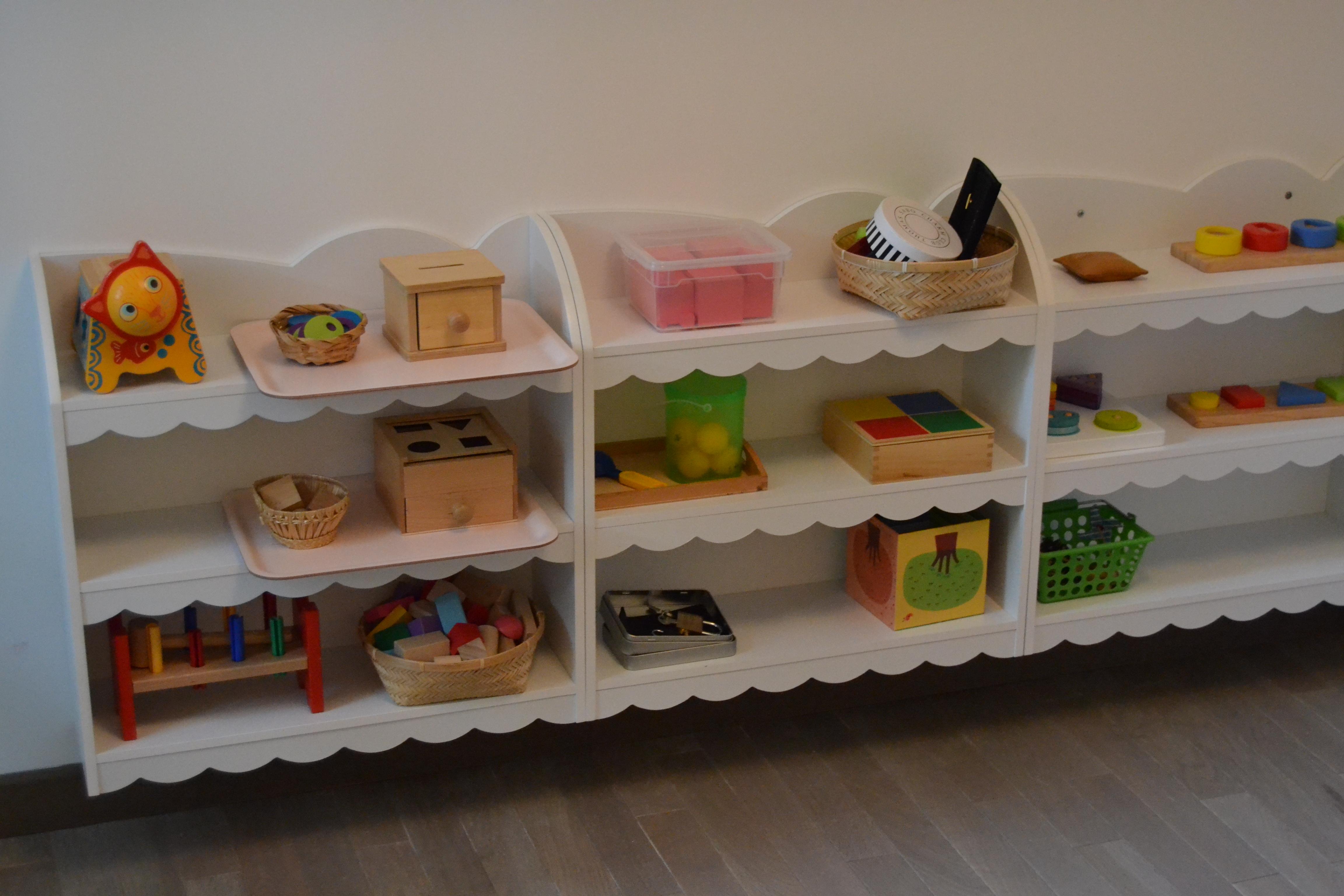 des astuces pour cr er une chambre d inspiration montessori le blog de maman k. Black Bedroom Furniture Sets. Home Design Ideas