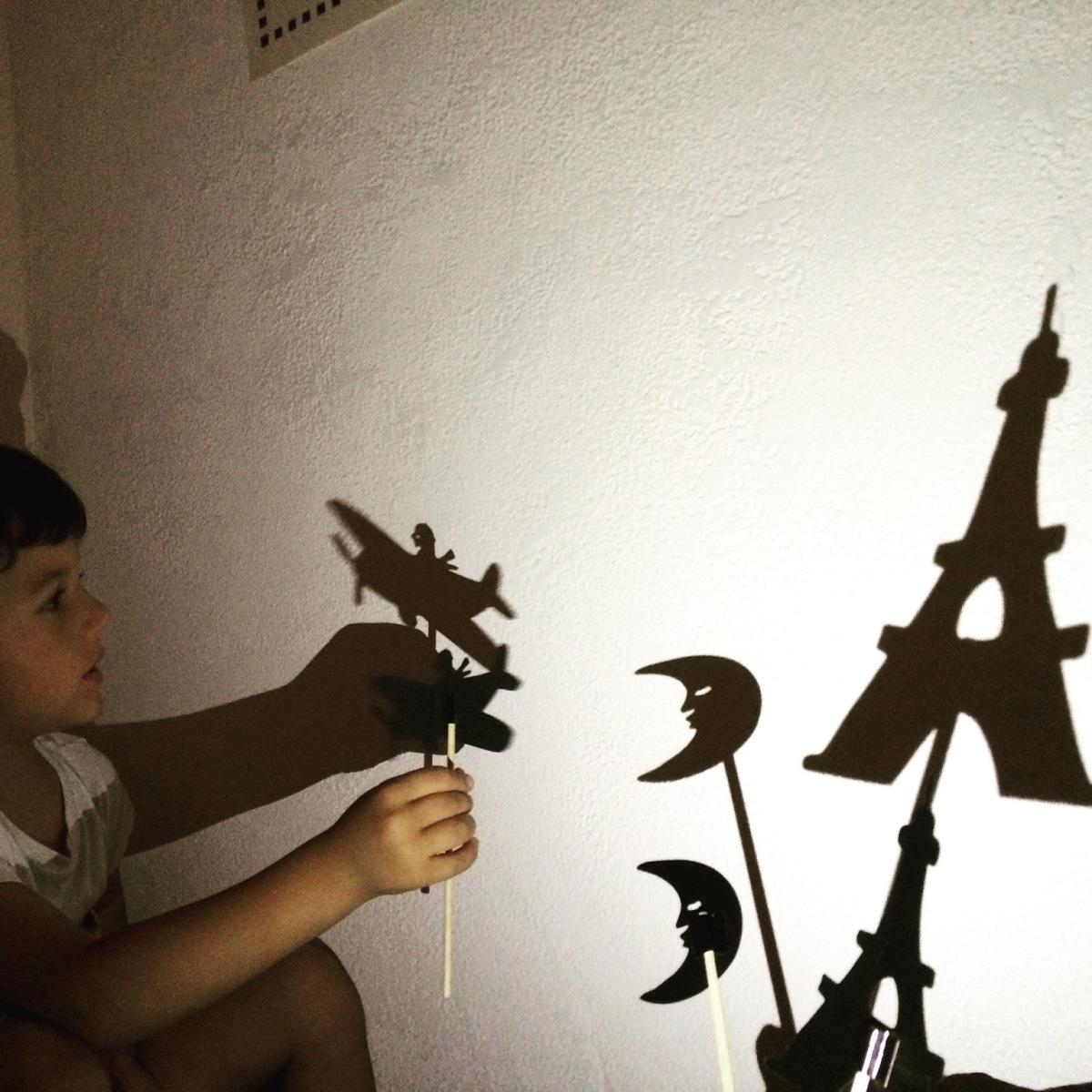 L'Activité Montessori du Jour : les ombres chinoises