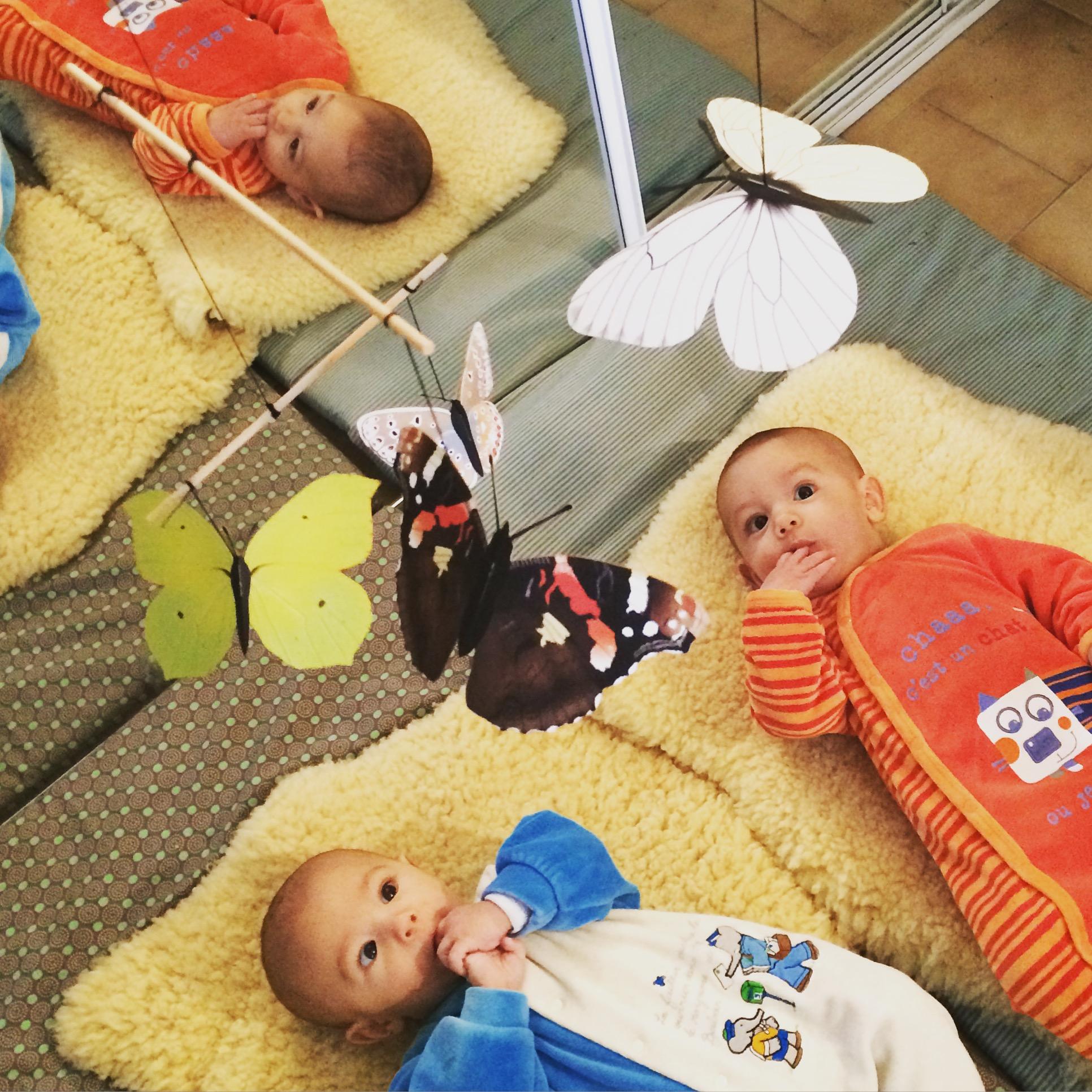 Lactivité Montessori Du Jour Mobile Des Danseurs Et Mobile Des