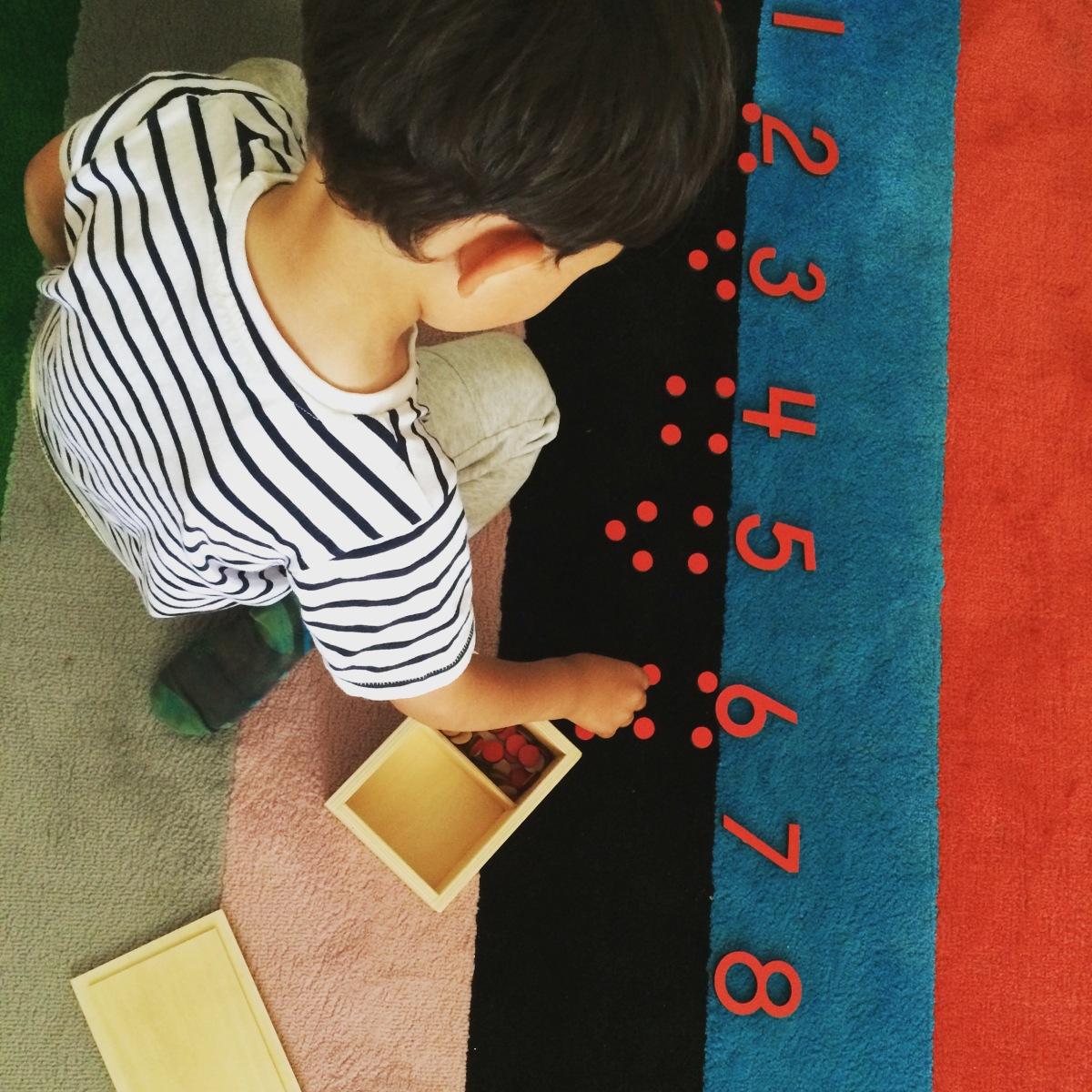 Panorama #1 de nos activités Montessori à 3/4 ans
